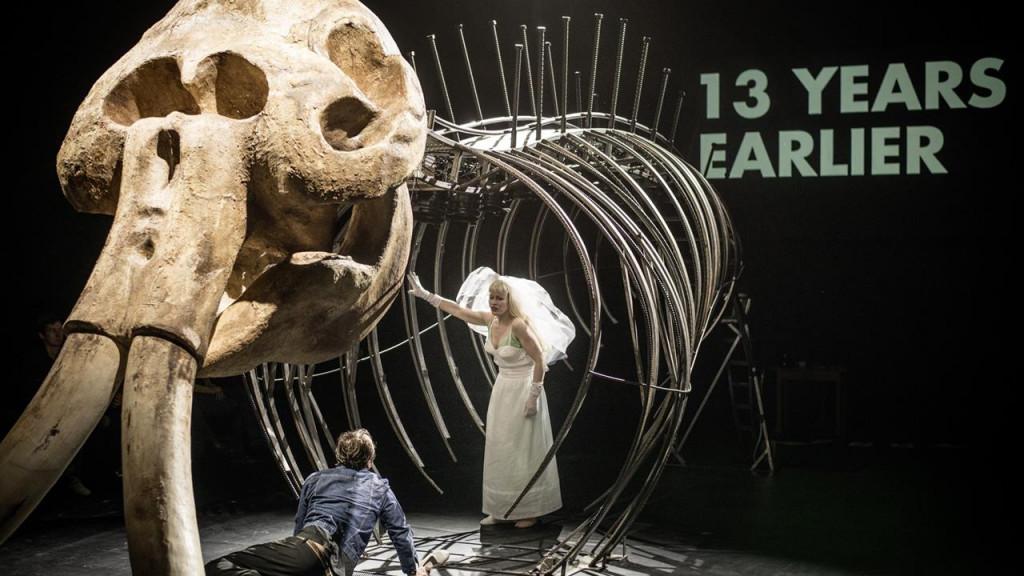 Fritz Kater: Buch [5 ingredientes de la vida], Schauspiel Stuttgart, Münchner Kammerspiele / Foto: JU_OSTKREUZ