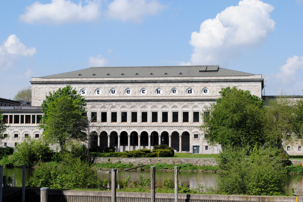 """Die Stadthalle während der """"Stücke 2021"""" / Foto: Caroline Zirves"""