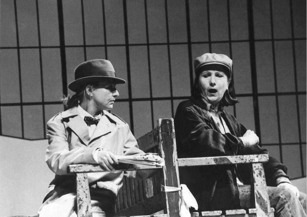 Pohl, Klaus_WartesaalDeutschlandStimmenReich_Deutsches Theater Berlin
