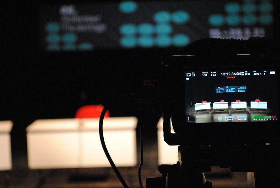 Jurydebatte der KinderStücke 2021 - live im Internet übertragen / Foto: Caroline Zirves