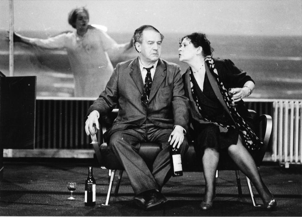Turrini, Peter_Die Liebe in Madagaskar_Burgtheater Wien/Akademietheater