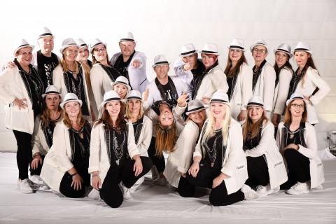 Spätschicht der Tanzschule dance it! am 23.11.2019 bei Let's Dance