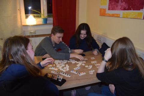 Gesellschaftsspiele im Rahmen des offenen Cafés