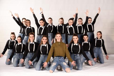 Liv'It Up von Dance ConneXtion am 23.11.2019 bei Let's Dance