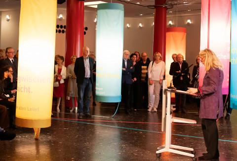 Eröffnung der Stücke 2019 mit Ministerin Isabel Pfeiffer-Poensgen, Ministserium für Kultur und Wissenschaft NRW / Foto: Marie-Luise Eberhardt