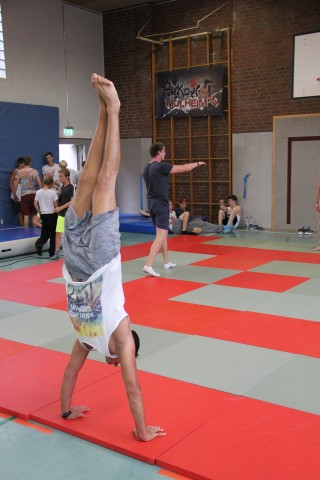 Akrobatik beim Tricking Workshop