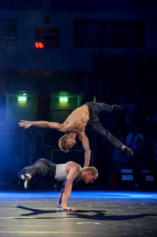 Artisten Duo Shcherbak und Popov bei der medl - Nacht der Sieger 2015