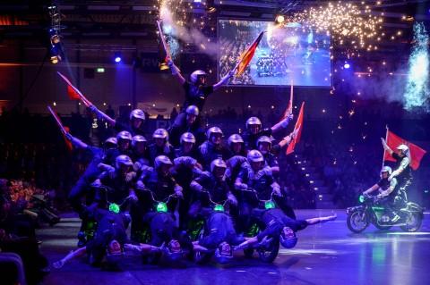 Motorradstaffel der Hamburger Polizei bei der medl-Nacht der Sieger 2016