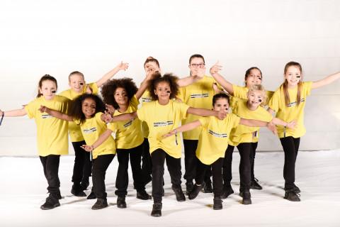 Funky Beats vom Tanzstudio Annattack am 23.11.2019 bei Let's Dance