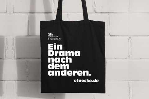 """Der """"Stücke""""-Beutel für die 46. Mülheimer Theatertage / Foto: Büro Freiheit"""
