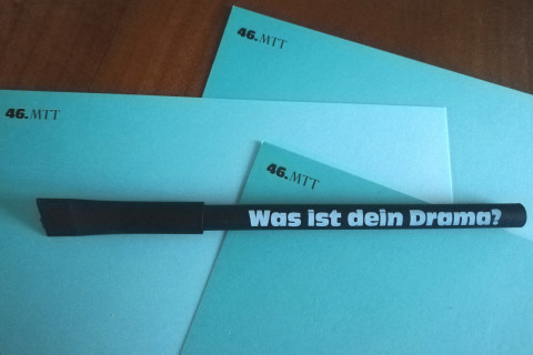 """Was ist dein Drama""-Stift / Foto: Leah Röhrig"