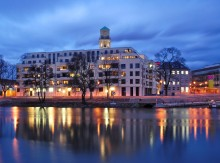 Das neue Ruhrquartier mit Hafenbecken liegt direkt am Fluss.