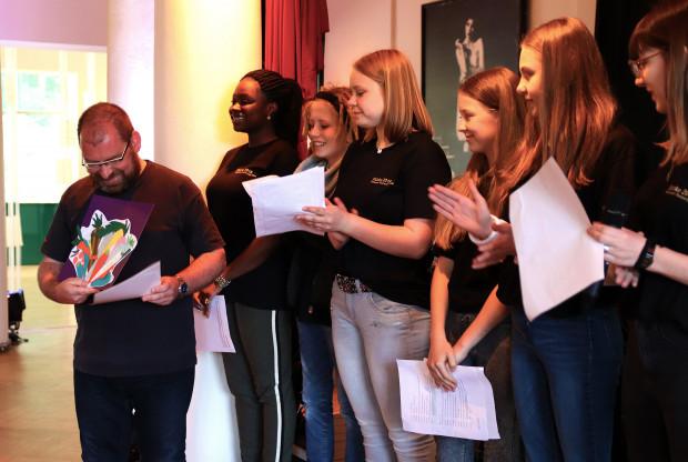 Jugend-Jury zeichnet Thilo Reffert aus / Foto: Marie-Luise Eberhardt