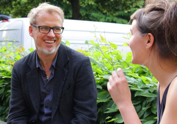 Falk Richter im Gespräch mit Marie Lemser. / Foto: Karla Wagner