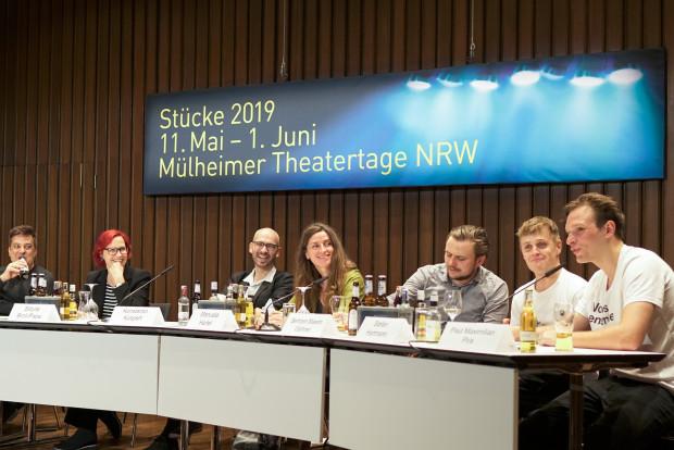 Gute Stimmung beim Publikumsgespräch mit Konstantin Küspert. / Foto: Anton Vichrov