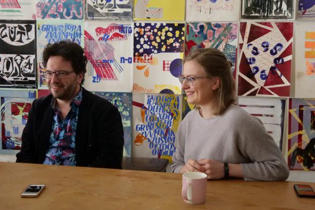 Georg Mellert (Dramaturg) und Marianne Didt (Referentin für Öffentlichkeitsarbeit Schauspiel Leipzig) / Foto: Elisabeth Schmitt