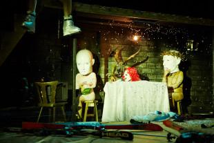 """Szenenfoto """"Schnee Weiss"""". / Foto: Tommy Hetzel"""