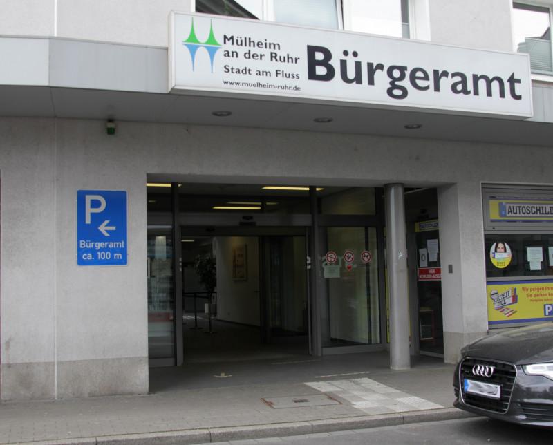 Bürgeramt Eingang außen - Foto: Sabine Meier